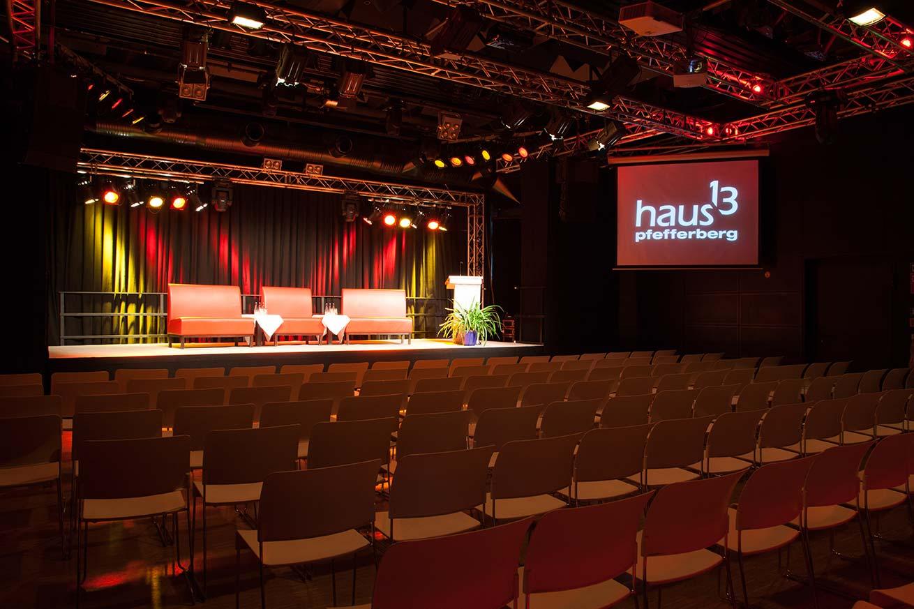 Haus 13_Podium (17)
